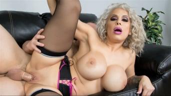 Alyssa Lynn in 'Cum On These Titties'