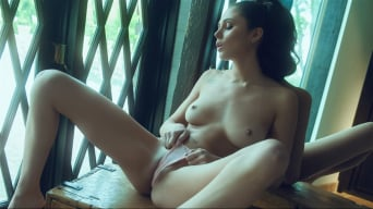Ariana Marie in 'Perfect Reflection'