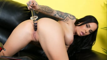 Brandy Aniston in 'A Glass Dildo For Brandy'