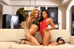Chloe Amour - Morgan and Chloe Cum Together (Thumb 20)
