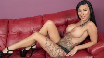 Lily Lane in 'Tattooed Hottie Lily'